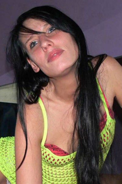 Hobbyhure: Jenny 22 Jahre, 170 cm, KG 34, OW 75 A